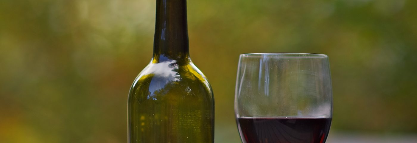 Study Finds No Causal Link Between Alcohol Intake and SLE Risk